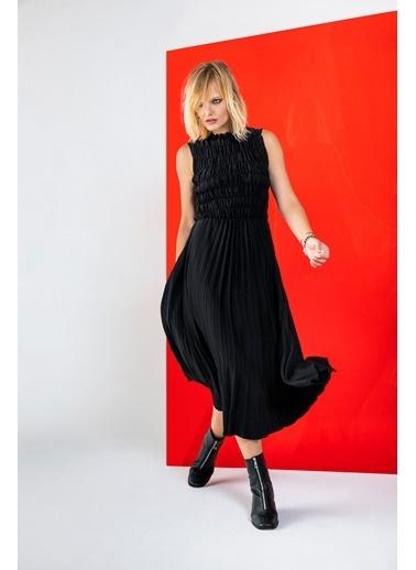 Berr-in  Caden Elbise Siyah